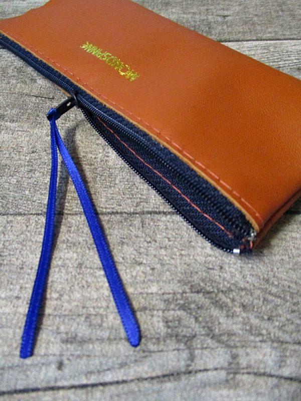 Federmäppchen Federtasche Ledertasche gelbbraun-dunkelblau flach 18x6 cm - Ledertaschenmanufaktur